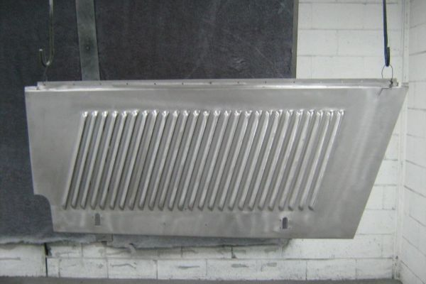 bentely-engine-side-panel-bfr-epoxy7445F3B5-4808-2622-7C75-1A35749DFD10.jpg