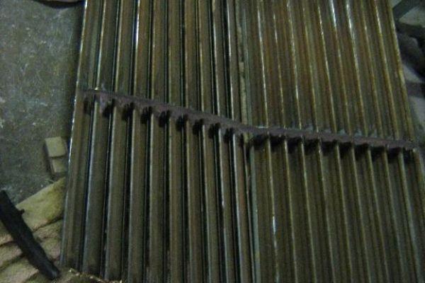 bentley-grille-1E5AF9906-6C5F-A5D8-2CF3-C29F6FB0FAC7.jpg