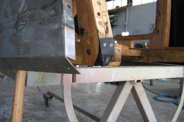 bentley-new-corners-on-wood-shell7D68E69A-B90E-BF24-3A06-11E2114196AF.jpg
