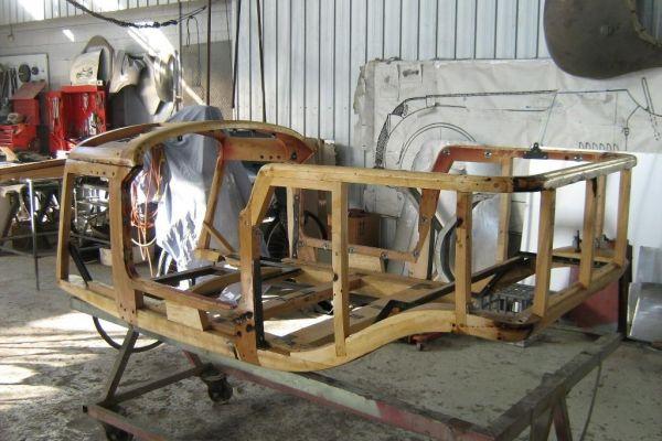 bentley-wood-no-outerDF7BA940-2099-A134-B663-AA30714725D3.jpg