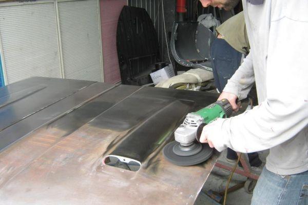 cleaning-up-hg-bonnet-14C46299A-6668-6101-4CB5-B3330A95ABF3.jpg