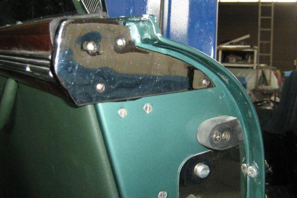 am-rh-door-adjuster4051AD68-62EC-2E67-2BB1-E7F2E718E103.jpg